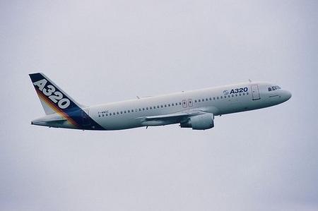 Самолёт Airbus A320